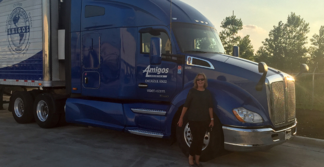 Making a Difference: PacLease's Gina Vecchioni Inspires Young Women to Join the Leasing Industry